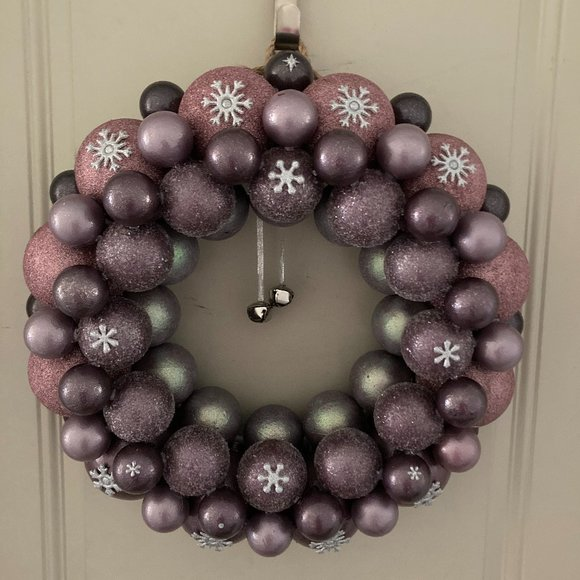 NEW! Hand Crafted Bling Snowflake Wreath 22''